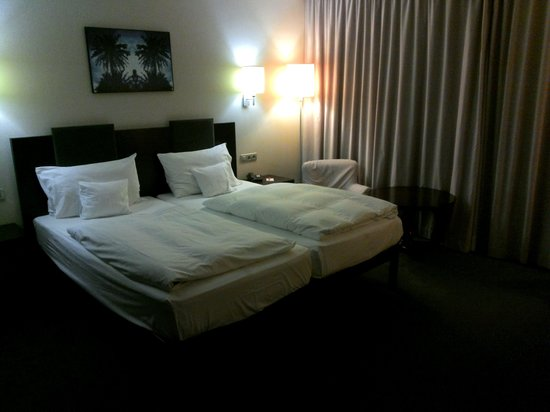 Maritim Hotel Galatzó: habitacion