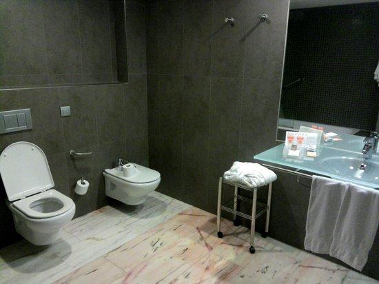 Maritim Hotel Galatzo : baño