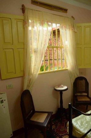 Hostal Amatista: Bedroom 2-