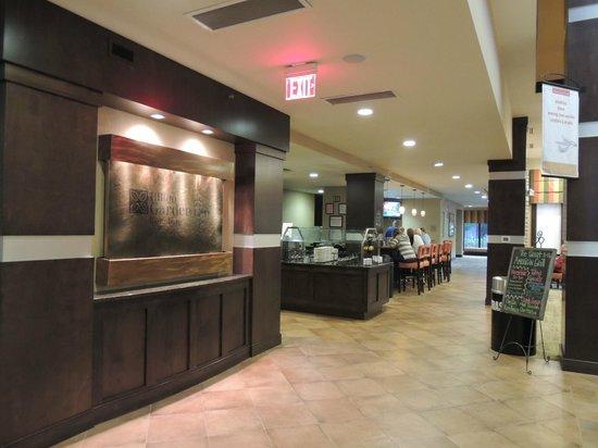 hilton garden inn gatlinburg downtown restaurant and breakfast area off lobby - Hilton Garden Inn Gatlinburg