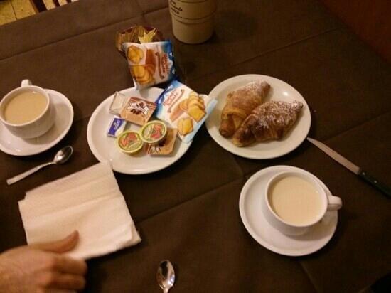 Hotel Foresteria Volterra: colazione buffet