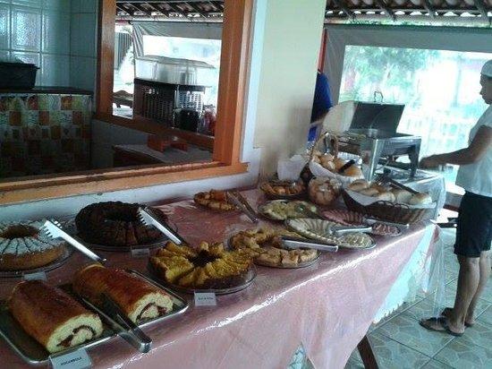 Pousada Arigato: Espaço interno do café da manhã