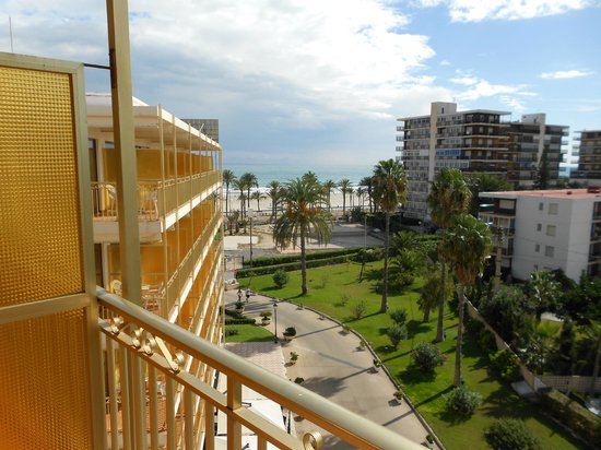 Almirante Hotel : Room 505, from balcony looking towards the sea