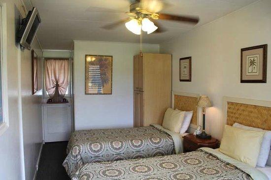 Kauai Palms Hotel: Standard Room, Two Beds