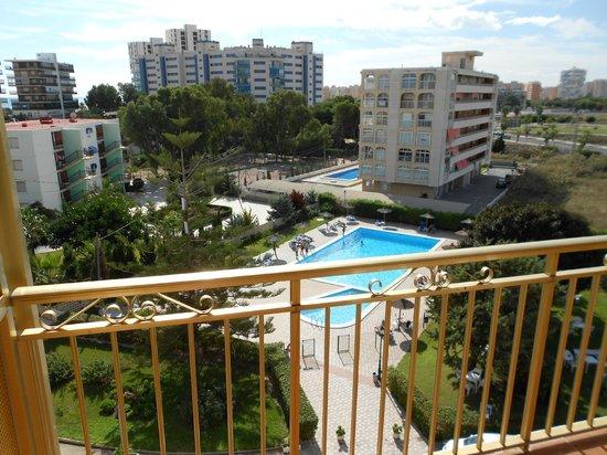 Almirante Hotel : Room 505, from balcony looking towards the pool area.