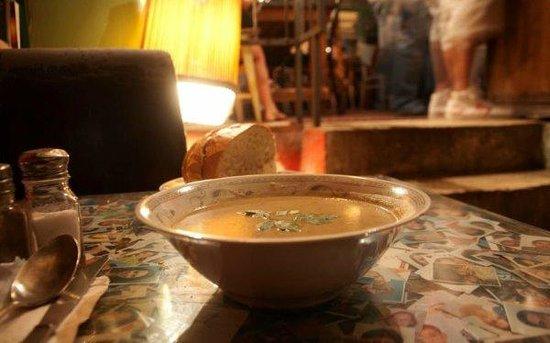 Hamarakiya: Soup is served