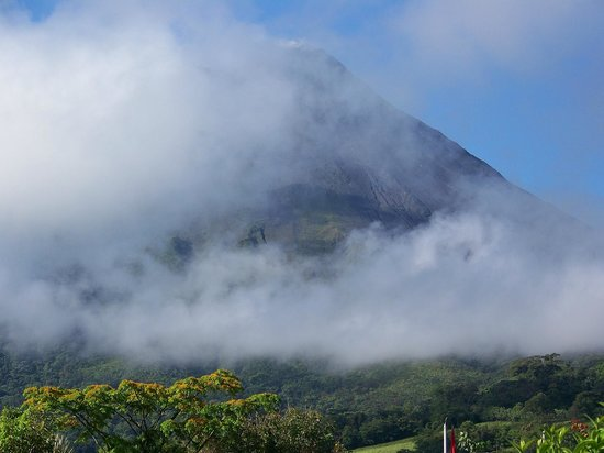 Arenal Springs Resort and Spa: Arenal Volcano
