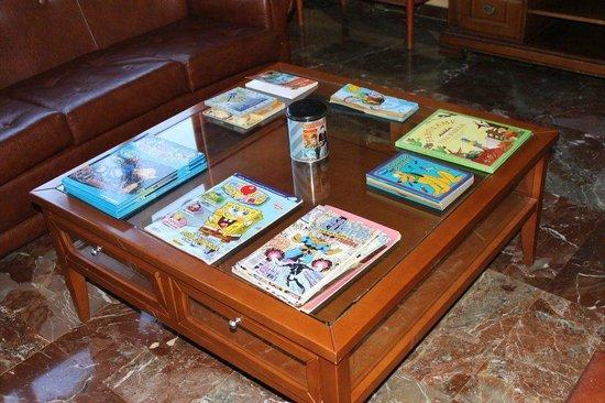 Hotel Zodiaco : Zona de lectura y películas para los niños.