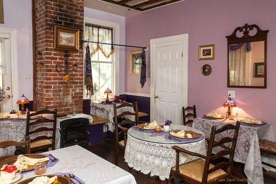 Penny Farthing Inn : Breakfast area