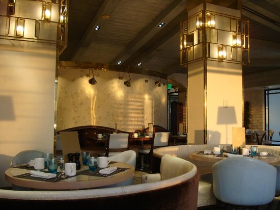 The London West Hollywood at Beverly Hills: Hotel restaurant - Boxwood Cafe
