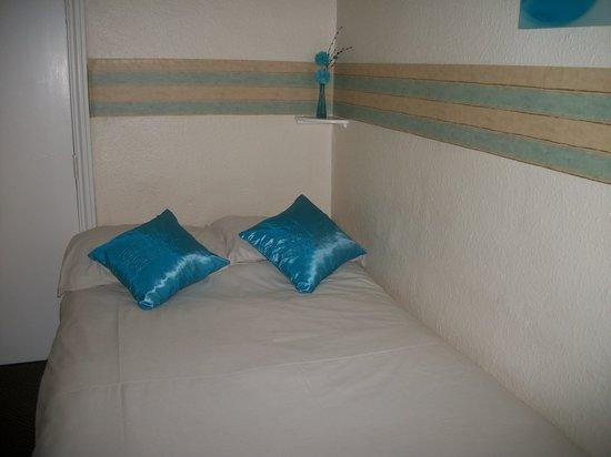 The Croft: Room 4 sleeps 2 basic room shared shower/toilet