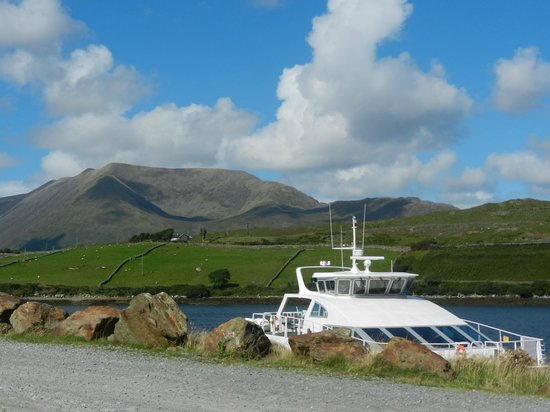 Killary Fjord Boat Tours: view of boat at harbour