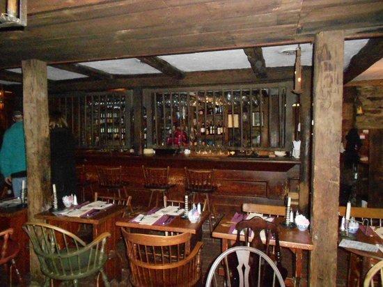 Dobbin House Tavern: looking towards the bar