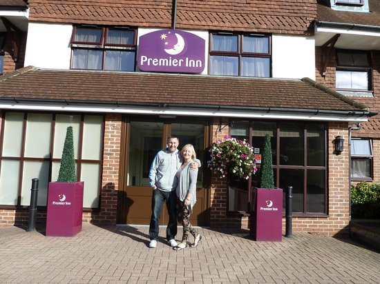 Premier Inn London Gatwick Airport South (London Road) Hotel : The day before our trip to Florida, Happy days