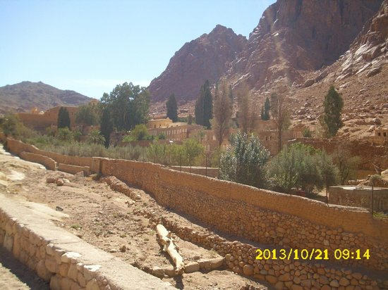 St. Catherine's Monastery: View at St. Catherine's