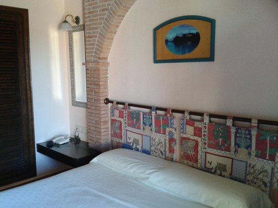 Hotel Mio Cid: Habitación