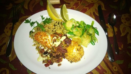McPhee's Grill: Halibut to Die For.....