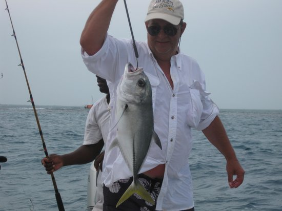 CayeReef: fishing