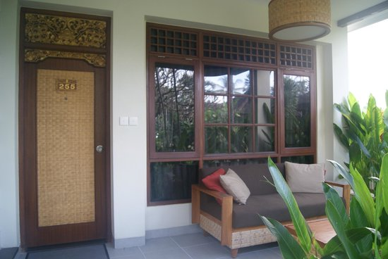 Rama Candidasa Resort & Spa: terraza