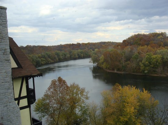 Bavarian Inn : Potomac River view from our room