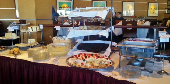 Carrol's Creek: Dessert station was great