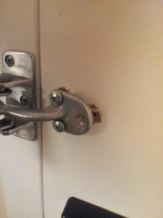 The Heldrich Hotel & Conference Center: Door Lock in Need of Repair