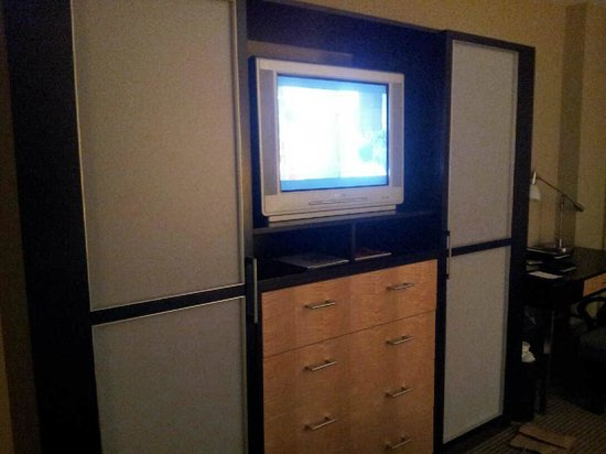 The Heldrich Hotel & Conference Center: Tube Television