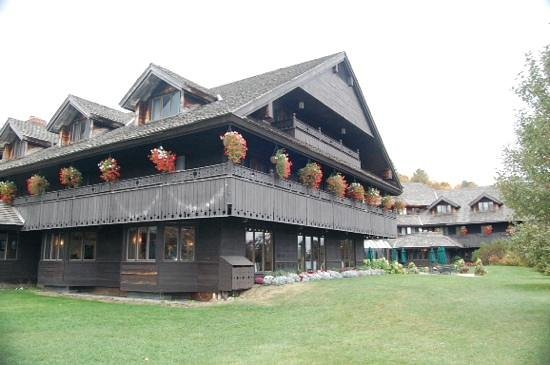 Trapp Family Lodge Outdoor Center: von Trapp Lodge