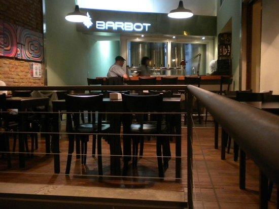 Barbot - Brew Pub: Vista do bar