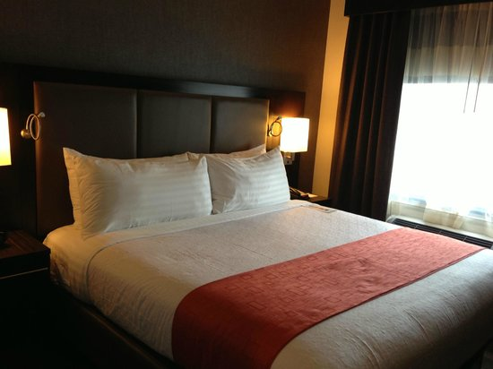 Holiday Inn NYC - Lower East Side: Quarto