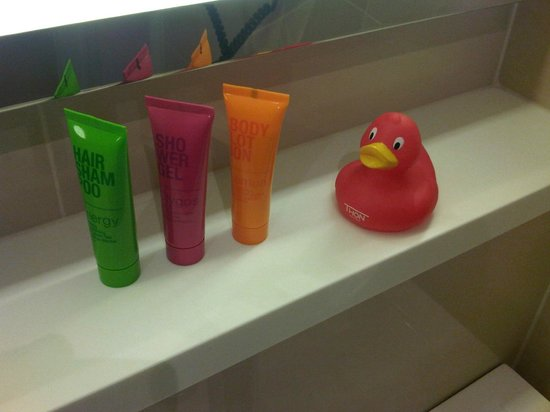 Thon Hotel EU: colorful amenities & Thon-duck
