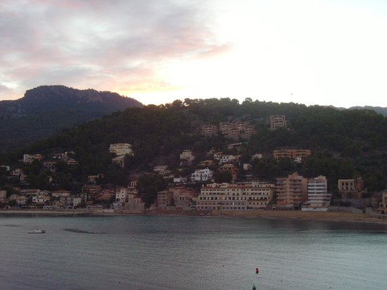 Citric Hotel Soller: early morning view from room