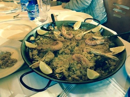 Asador Restaurante Pipol: paella di pipol asador