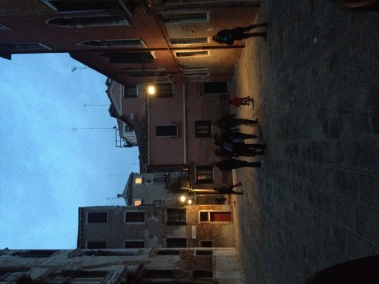 Litera Tours - Day Tours: Casanova tour 1