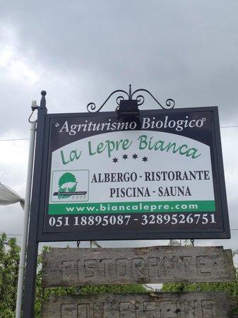 La Lepre Bianca Agriturismo: Property sign