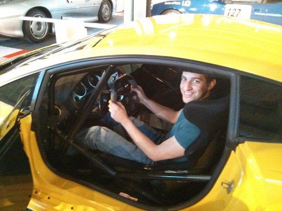 Autobau: Inside the Lamborghini Gallardo LP570-4