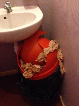 friterie comme chez toi : État des toilettes