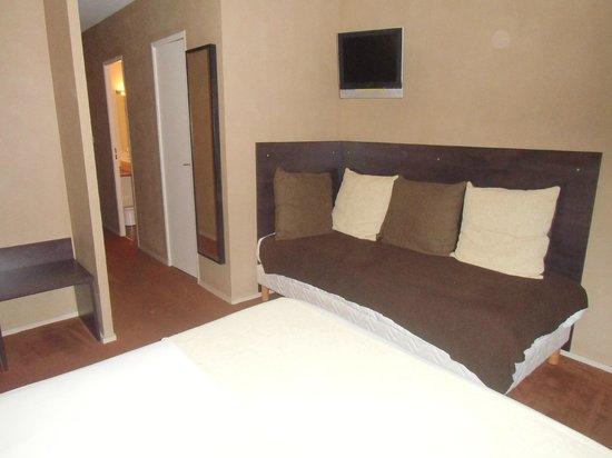 Hotel Alicia : Chambre triple