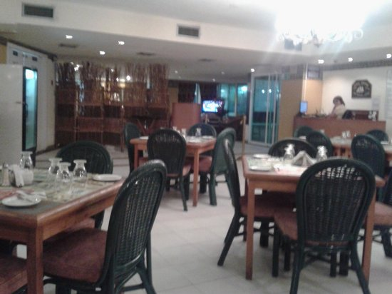 "Playa Grande Caribe Hotel & Marina: And they couldnt help us in our earlier breakfast because the restaurant was ""full"""