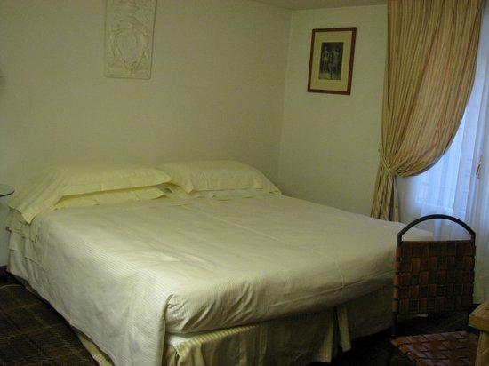 Grand Hotel Minerva: Habitación planta alta