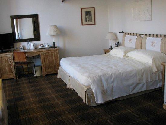 Grand Hotel Minerva: Habitación planta baja