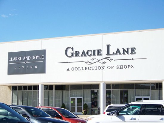 Gracie Lane