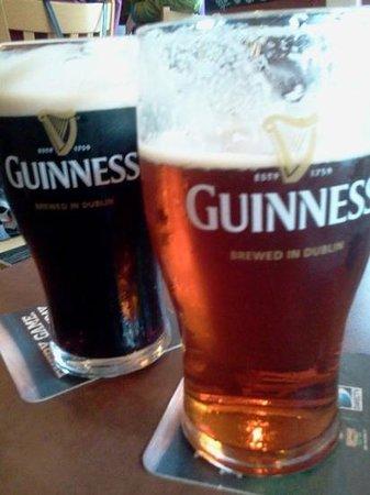 Kelly's Irish Pub & Grill