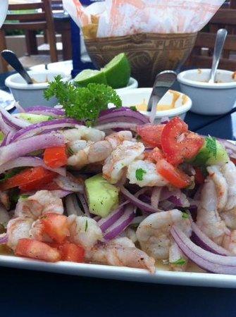 Tacamaron: Ceviche de camarón / Shrimp ceviche