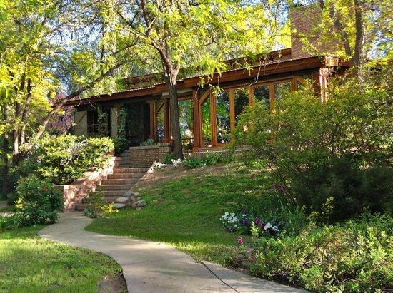 Casa Glebinias: The Main House