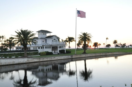 Gasparilla Inn & Club: Pete Dye redesigned golf course. Club house is magnificent