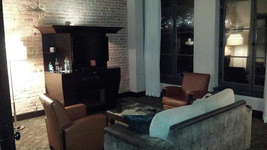 Hotel Place d'Armes: Suite