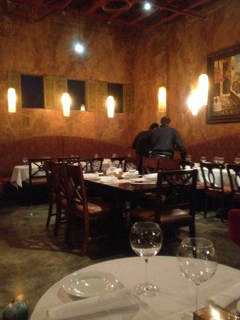Cucina Venti Restaurant: Very nice decor and great ambience.