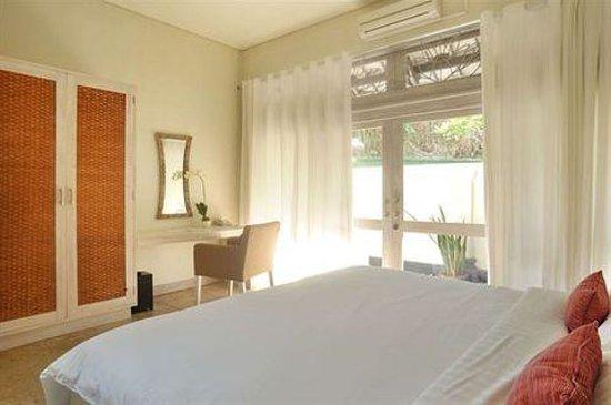 Villa Kresna Boutique Villas: preety room