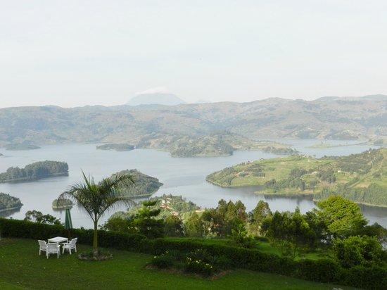 Arcadia Cottages: vista del lago
